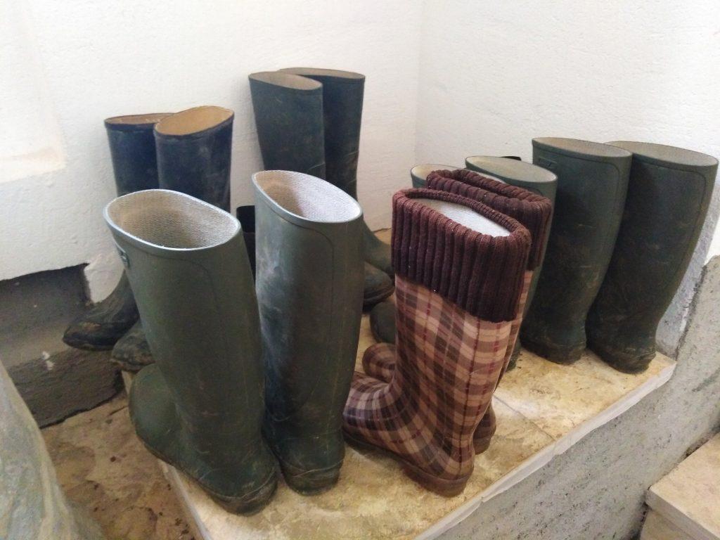 Čizme za ulaz u dubine ostataka antičkog vodovoda