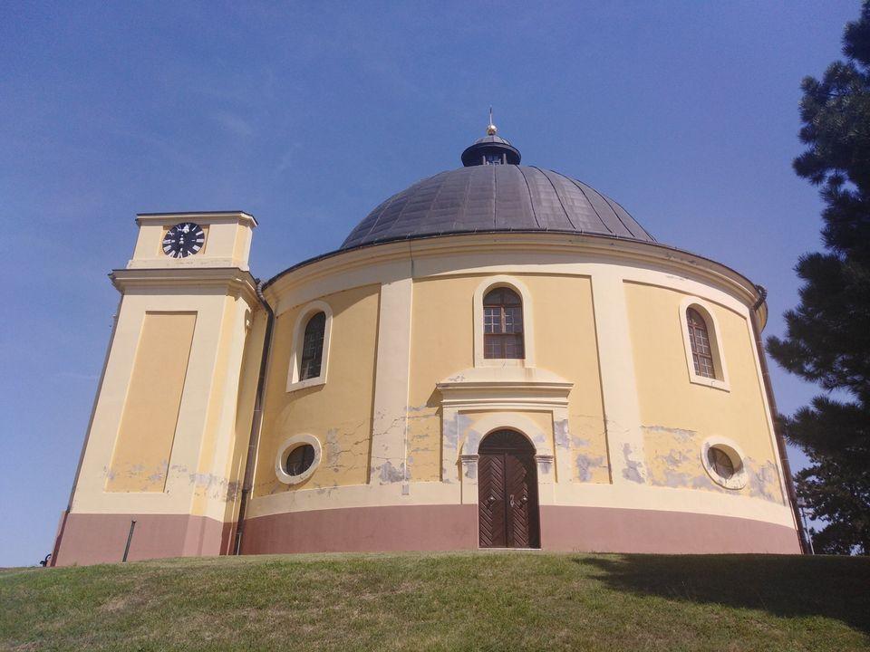 Kapela mira u Sremskim Karlovcima